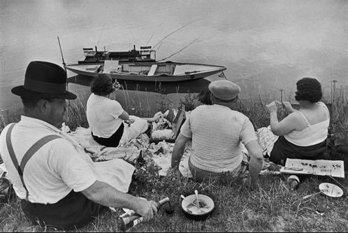 """Henri Cartier-Bresson """"Juvisy, France"""" 1938 [moma.org]"""